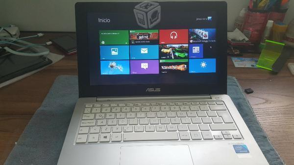 Laptop asus 4gb ram 500dd