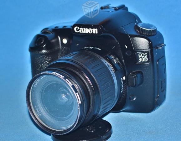 Canon 30d lente 18 55 y lente 75 300 accesorios