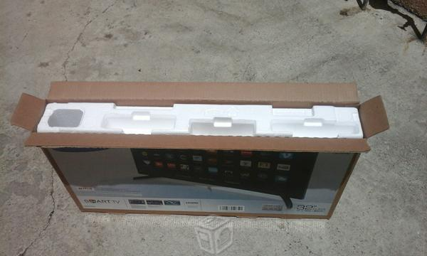 Pantalla Led Samsung 32' SMART TV (BARATA)
