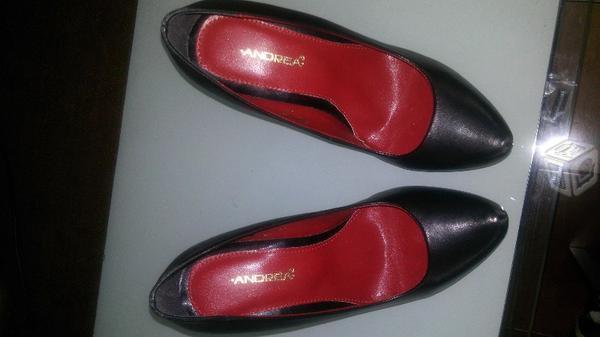 Zapatillas nuevas para dama