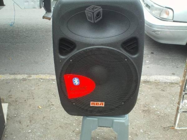 Bafle amplificado rca de 15