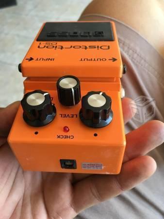 Pedal Distorsionador de sonido