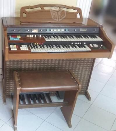 Organo Hammond original seminuevo