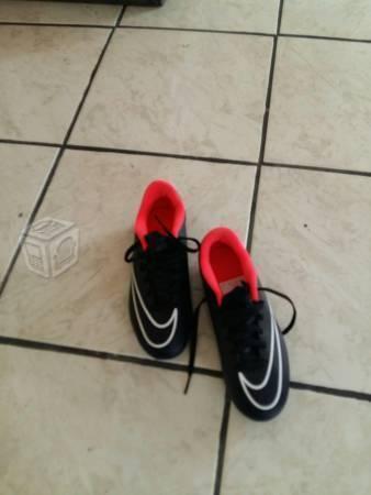 Zapatos futbol