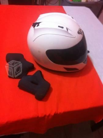 Vendo casco para moto Deportiva