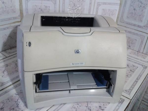 Impresora Hp Laser Jet1300 par 2200 impresiones bn
